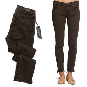 NWT Blank NYC The Reade Crop Skinny Jeans 11-0499
